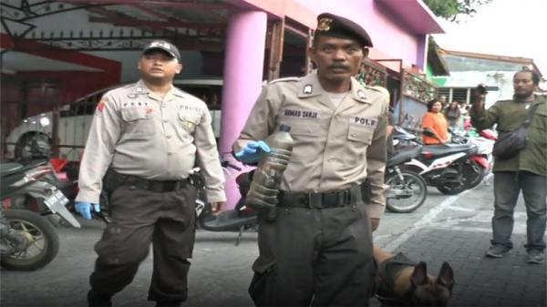 Polisi Temukan Botol Solar di TKP Wanita yang Tewas di Sunan Kuning