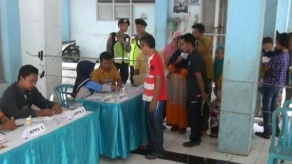 Ratusan Pengungsi Syiah Ikut Pilkada Ulang Sampang di Jemundo Sidoarjo