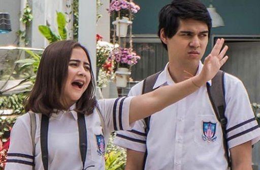 Main Film Bareng Pacar Prilly Latuconsina Tetap Kerja Profesional