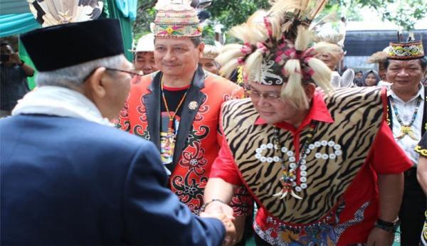 Jadi Simbol Pemimpin Bijak, Tokoh Dayak Siap Menangkan Jokowi-Ma'ruf