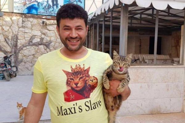 Kisah Pria Penyayang Kucing Dari Aleppo Suriah Yang Punya Hati Mulia