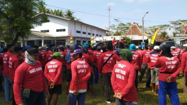 Warga 3 Dukuh di Kulonprogo Protes Penambangan Pasir di Sungai Progo
