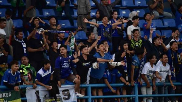 Hore! Liga 1 Boleh Dihadiri Penonton di Stadion, Simak Syaratnya