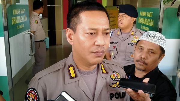Ketua FPI Galang Pemosting Foto Megawati Gendong Presiden Jokowi Dipulangkan Polisi