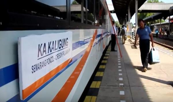 KA Kaligung Cirebon-Semarang Mulai Beroperasi dari Stasiun Prujakan, Ini Tarifnya