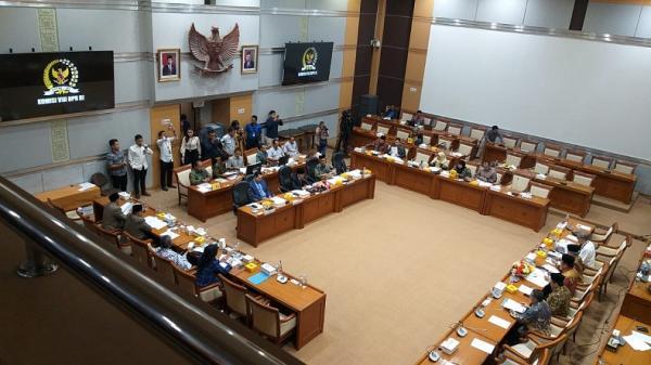 Bahas RUU Pemilu, Komisi II Munculkan 3 Skenario Parliamentary Threshold