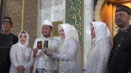 Video Akad Nikah Evan Dimas, Ibunda Ingin Undang Presiden Jokowi di Acara Resepsi