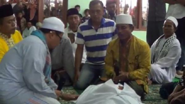 Pasutri di Banyuwangi Minta Disumpah Pocong karena Dituduh Punya Ilmu Sihir