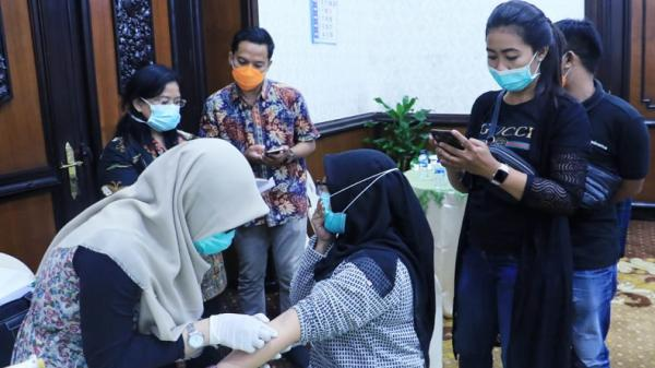 Direktur RS Sultan Imanuddin Positif Covid-19, Wartawan Panik Minta Di-rapid Test
