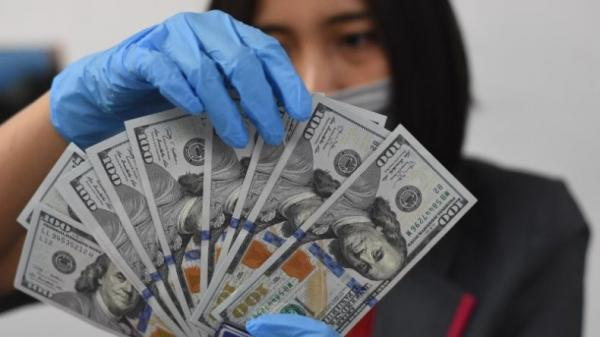 Dolar AS Menguat Tipis di Tengah Data Ekonomi Terbaru