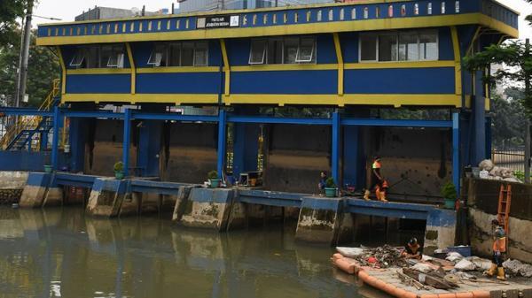 Update Tinggi Muka Air di Jakarta dan Depok : Pasar Ikan Siaga Tiga
