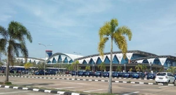 Pesawat Garuda Indonesia Gagal Landing di Bandara Supadio Pontianak karena Cuaca Buruk