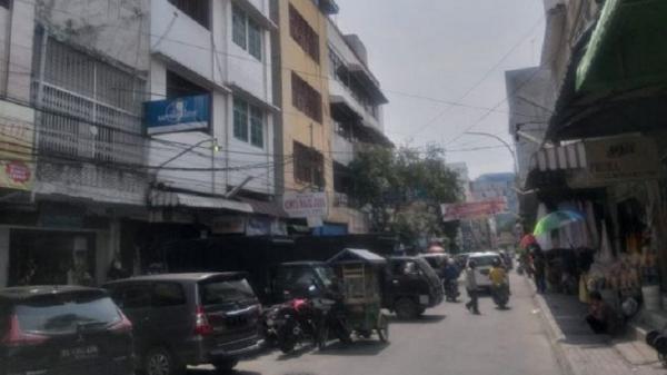 Pertokoan di Medan Dibuka Kembali, Aktivitas Warga Terpantau Mulai Ramai