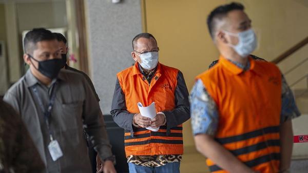 KPK Serahkan Nurhadi dan Menantu ke Penuntutan