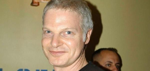 Steve Bing, Produser dan Penulis Ternama Ditemukan Meninggal karena Bunuh Diri