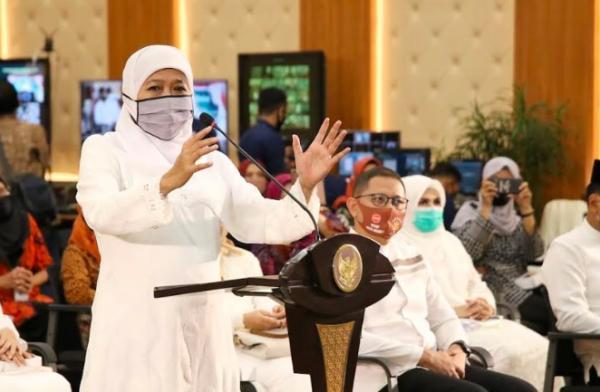 Khofifah Minta Paslon Kepala Daerah Patuhi Protokol Kesehatan selama Kampanye