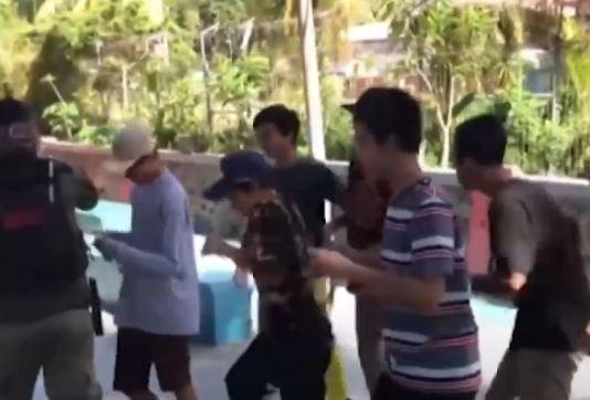 Video Warga Surabaya Dihukum Joget 10 Menit karena Tak Pakai Masker