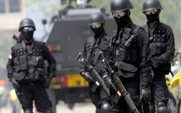 Densus 88 Tangkap 12 Terduga Teroris di Jatim