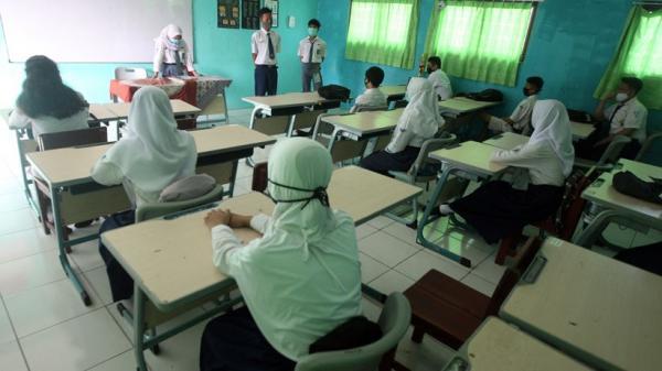Sepi Pendaftar, Pengurus SMP Swasta di Padang Mengeluh