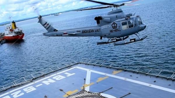 Prajurit TNI AL Koarmada III Latihan Pengamanan VVIP, Kapal Perang Diturunkan