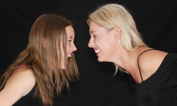 Introvert atau Ekstrovert? Yuk, Kenali Pribadi Anak agar Komunikasi Efektif