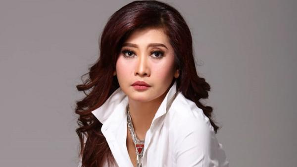 Profil Ike Muti, Artis yang Disomasi Pemprov DKI Jakarta