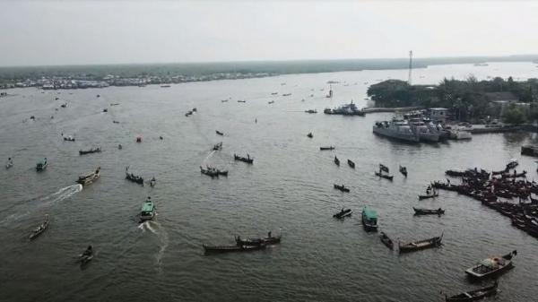 HUT ke-75 RI, 1.000 Kapal Nelayan di Belawan Pasang Bendera Merah Putih