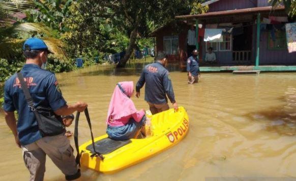 2 Hari Banjir di Penajam Paser Utara, Warga Kekurangan Makanan