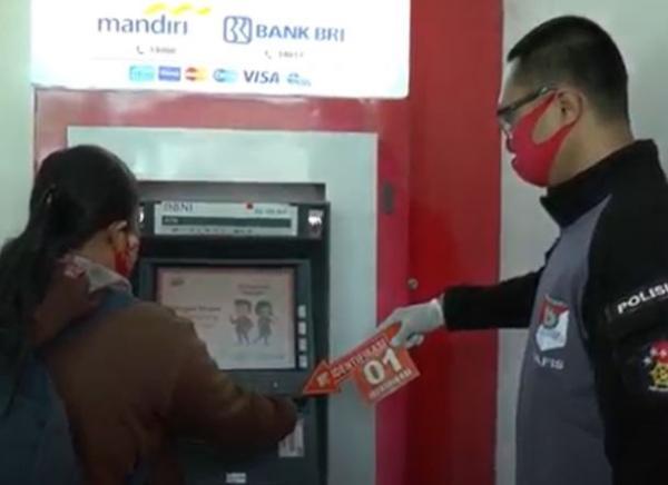 Irt Di Semarang Jadi Korban Ganjal Atm Uang Rp100 Juta Raib Dalam 15 Menit Bagian 1