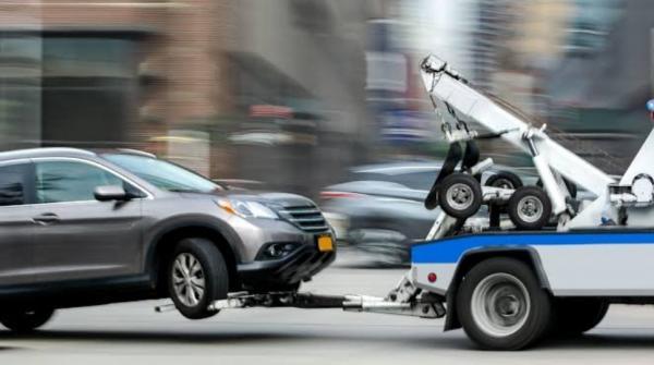Mobil Transmisi Otomatis Mogok di Jalan, Jangan Langsung Diderek Perhatikan Ini