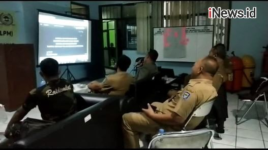 Video Viral ASN Asyik Karaoke saat Jam Kerja di Kantor Kelurahan Kota Bandung