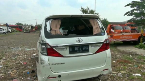 Kendaraan yang Tabrak dan Ditabrak Hanafi Rais Kabur