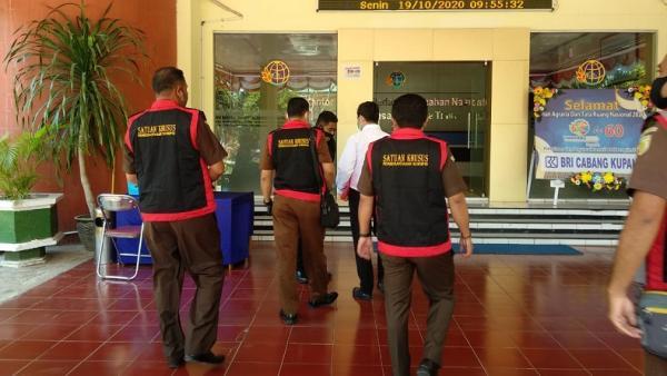 Kejati Geledah Kantor BPN NTT terkait Dugaan Penjualan Aset Negara Rp3 Triliun di Komodo
