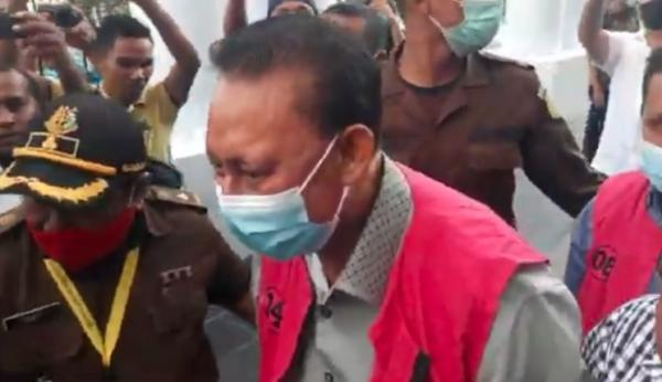 Kejati NTT Tahan Mantan Wali Kota Kupang dan Eks Kepala BPN