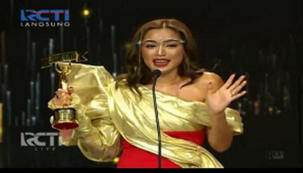 Gagal Nikah, Jessica Iskandar Menangkan Asmara Tersilet di Silet Awards 2020: Cukup Aku Aja