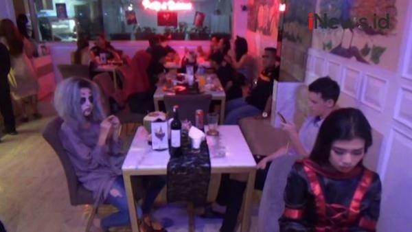 Video Petugas Sidak Kafe di Bali Gelar Pesta Halloween, Pelanggar Dihukum Push Up