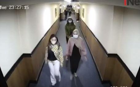 Detik-Detik Penangkapan Artis ST dan MA di Hotel Sunter Jakut