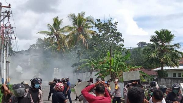 4 Polisi dan Seorang Wartawan Terluka saat Demo Papua Merdeka di Sorong