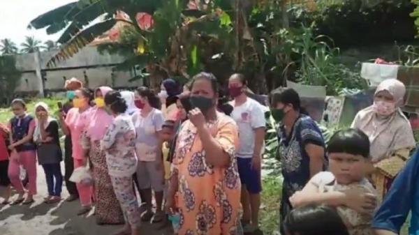 Puluhan Emak-Emak Gerebek Lokasi Judi Tembak Ikan di Medan