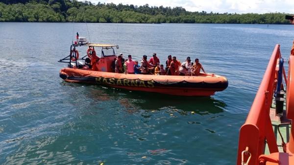 5 Menit Berlayar, KM Sabuk Nusantara Kandas di Mentawai