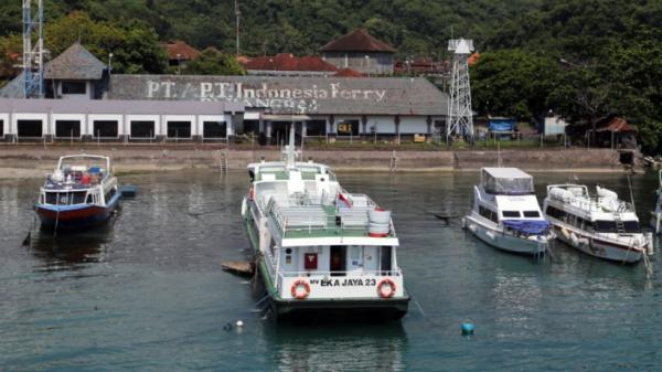 Dampak Kabut Asap, Nakhoda Kapal di Sungai Kapuas Keluhkan Jarang Pandang Terbatas