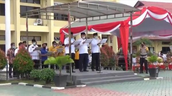 Jelang Hari Pencoblosan, 2 Paslon Gubernur dan Wagub Kalsel Deklarasikan Pilkada Damai