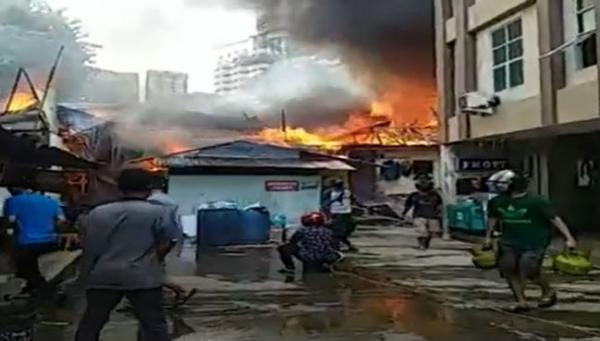 Kebakaran di Batam, Puluhan Rumah Hangus Diduga akibat Korsleting Listrik