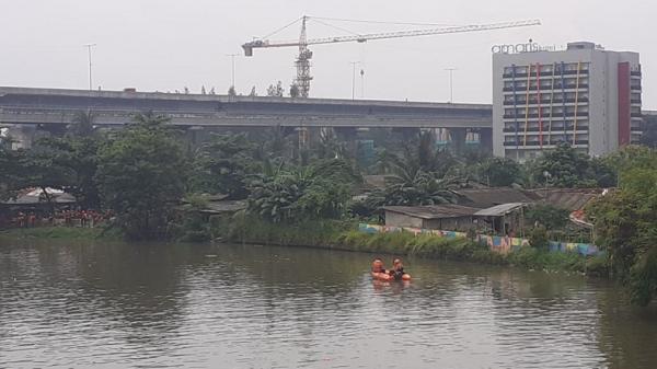 Kesasar Gara-Gara Pakai Google Maps, Pemotor Tewas Tenggelam di Kali Bekasi