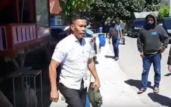 Kabar Ruslon Buton, Penahanan Ditangguhkan Janji Tidak Berbuat yang Dilarang