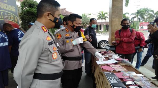 Komplotan Penipu di Kabupaten Bandung Digulung, 4 Pelaku ...