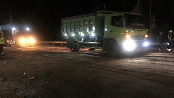 Ada Perbaikan Jalur Rel Kereta, Begini Kondisi Jalan Lintas Padang-Bukittinggi