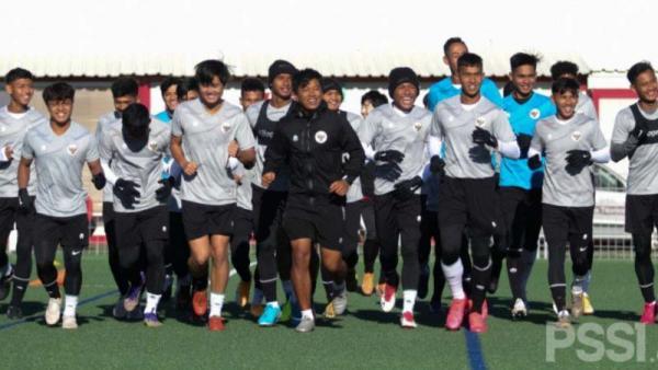 Timnas Indonesia U-19 Kalahkan Cuaca Dingin Spanyol