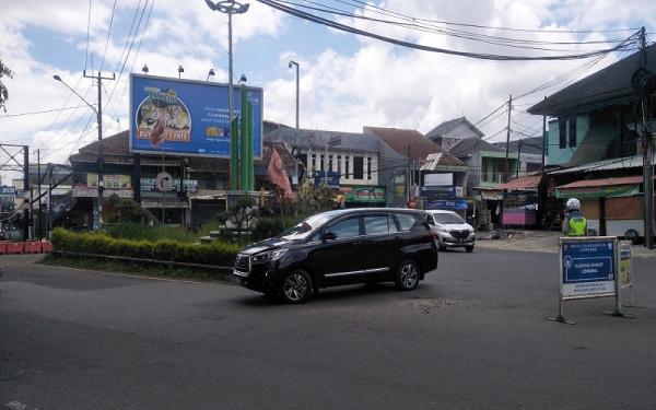 Tahun Baru, Arus Lalu Lintas di Jalur Wisata Lembang KBB Naik 20 Persen