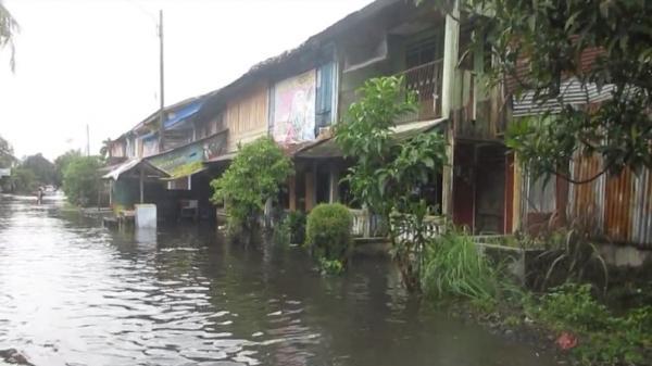 Medan Labuhan Terendam Air usai Diguyur Hujan 6 Jam Lebih